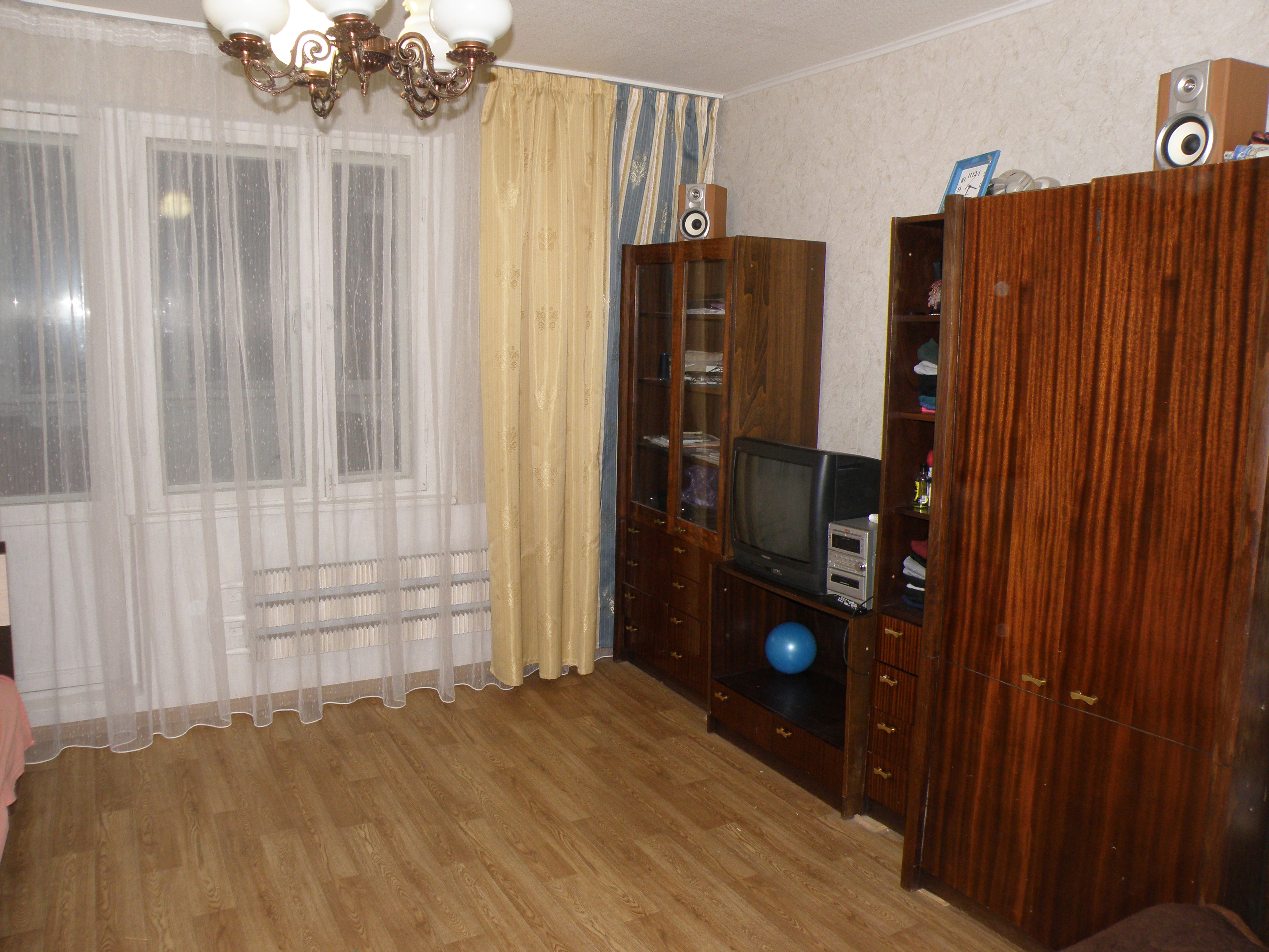 Продажа 3-к квартиры Юлиуса Фучика 72